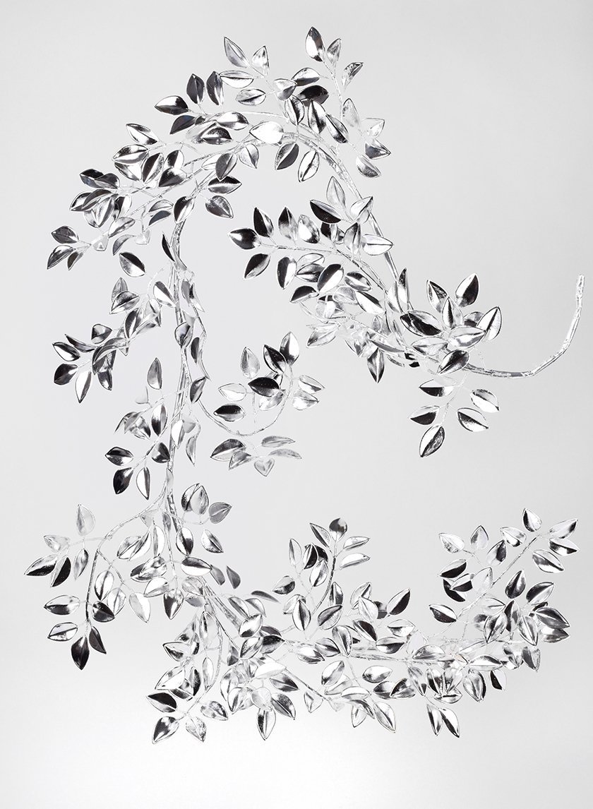 50in Silver Leaf Garland