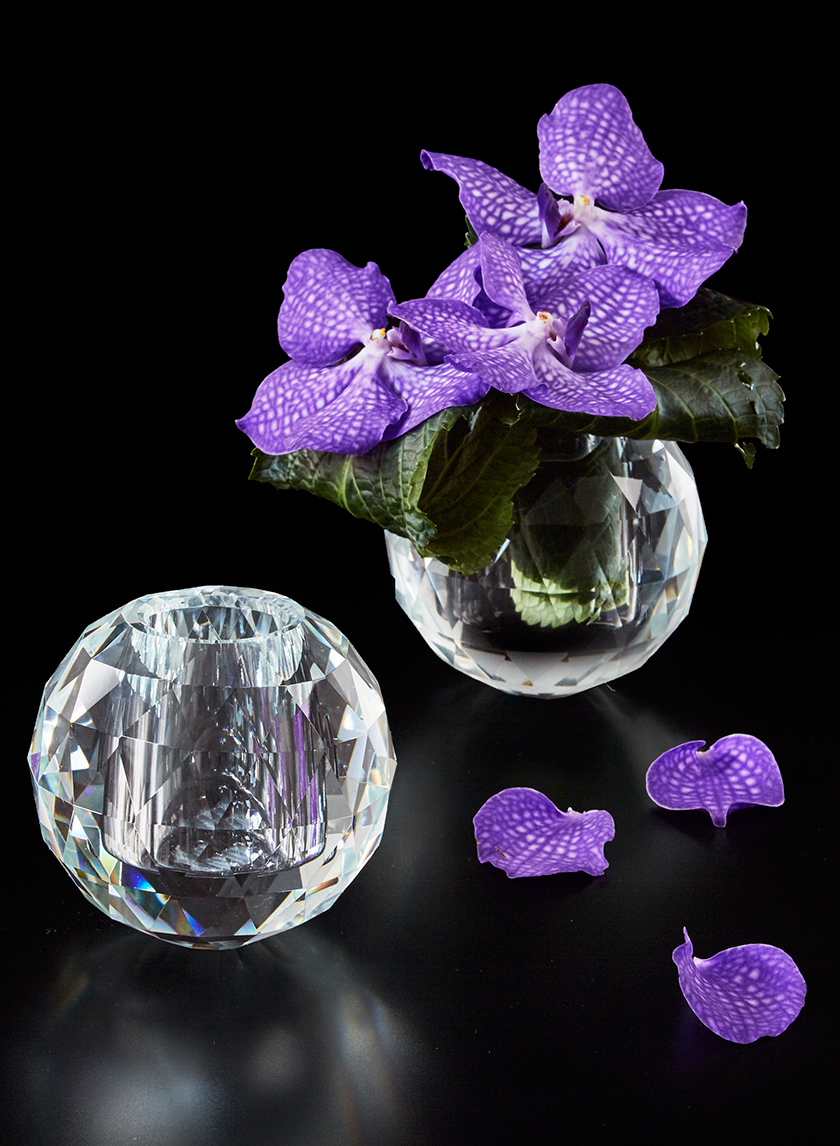 4 3/4IN FACETED CRYSTAL BALL VASE
