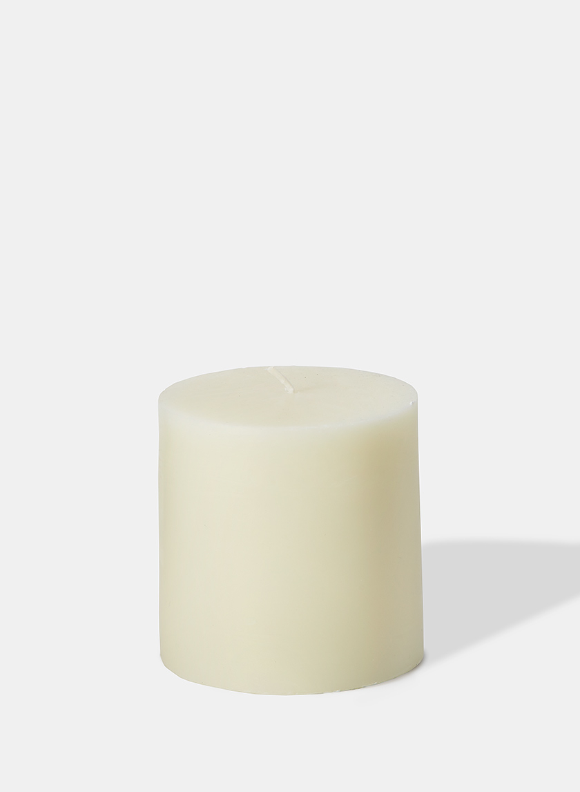 4 x 4in Ivory pillar Candle
