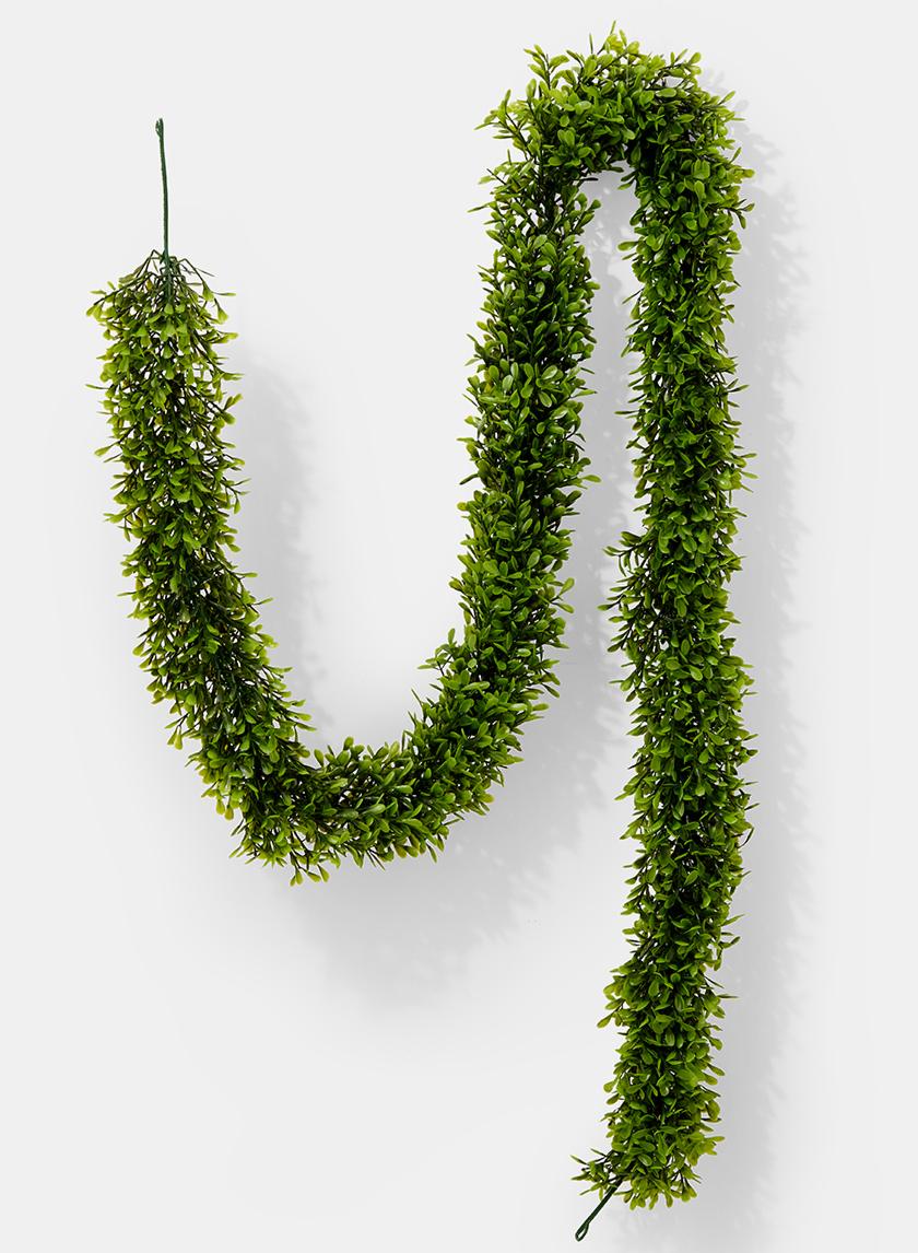 artificial green boxwood garland for wedding decor