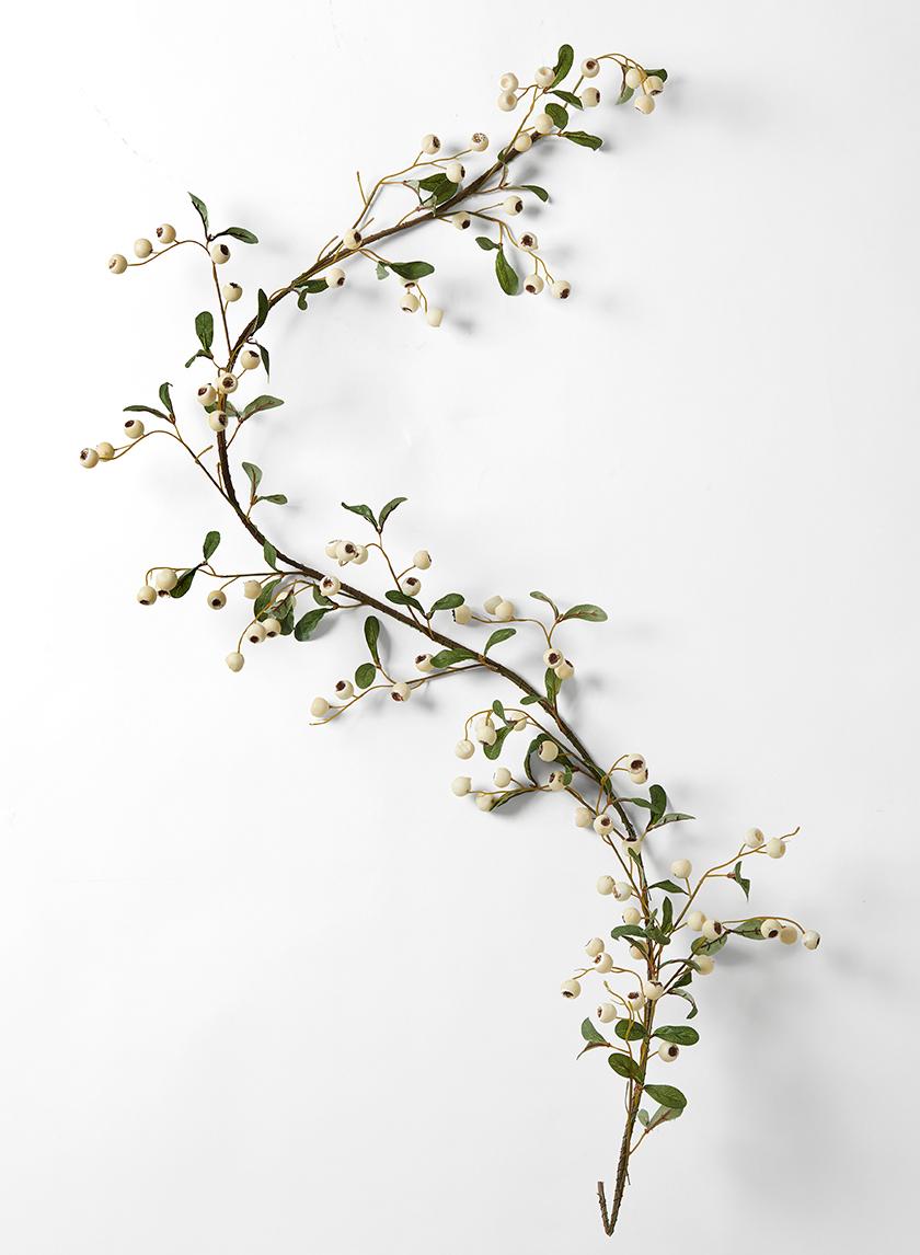 5ft White Berry Garland