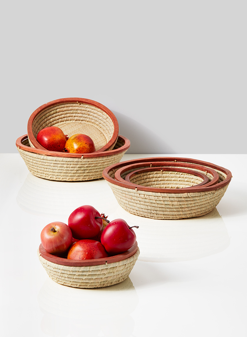 tapered raffia bowl basket with wood edge