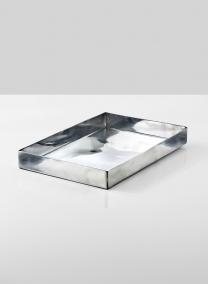 shiny-aluminum-rectangular-tray