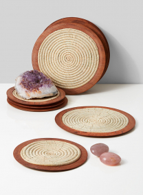 8 1/2in Natural Raffia Coaster With Wood Edge, Set of 6