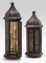 29 1/2 in Iron Mesh Lantern with Glass Votives