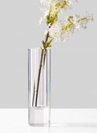 modern-glass-crystal-vase-with-lilacs